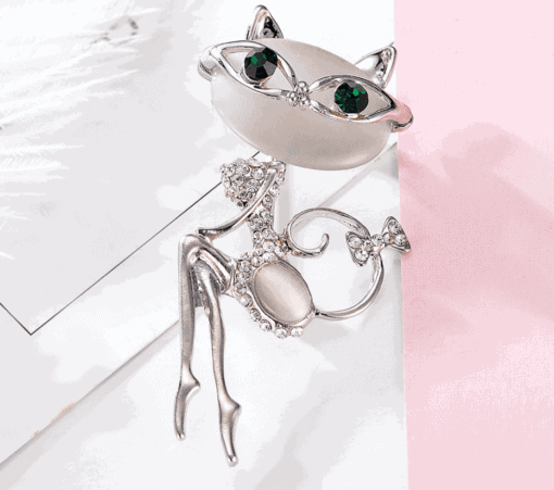 Glamour Cat Rhinestone Glasses Brooch